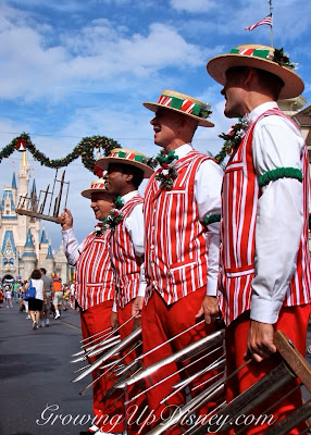 Dapper Dans quartet singing on Main Street USA, Dapper Dans at Christmas