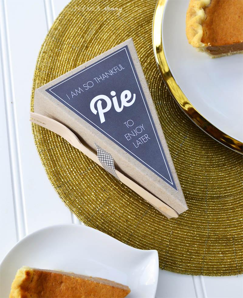 Free pie labels designed exclusively for A La Modo pie slice boxes