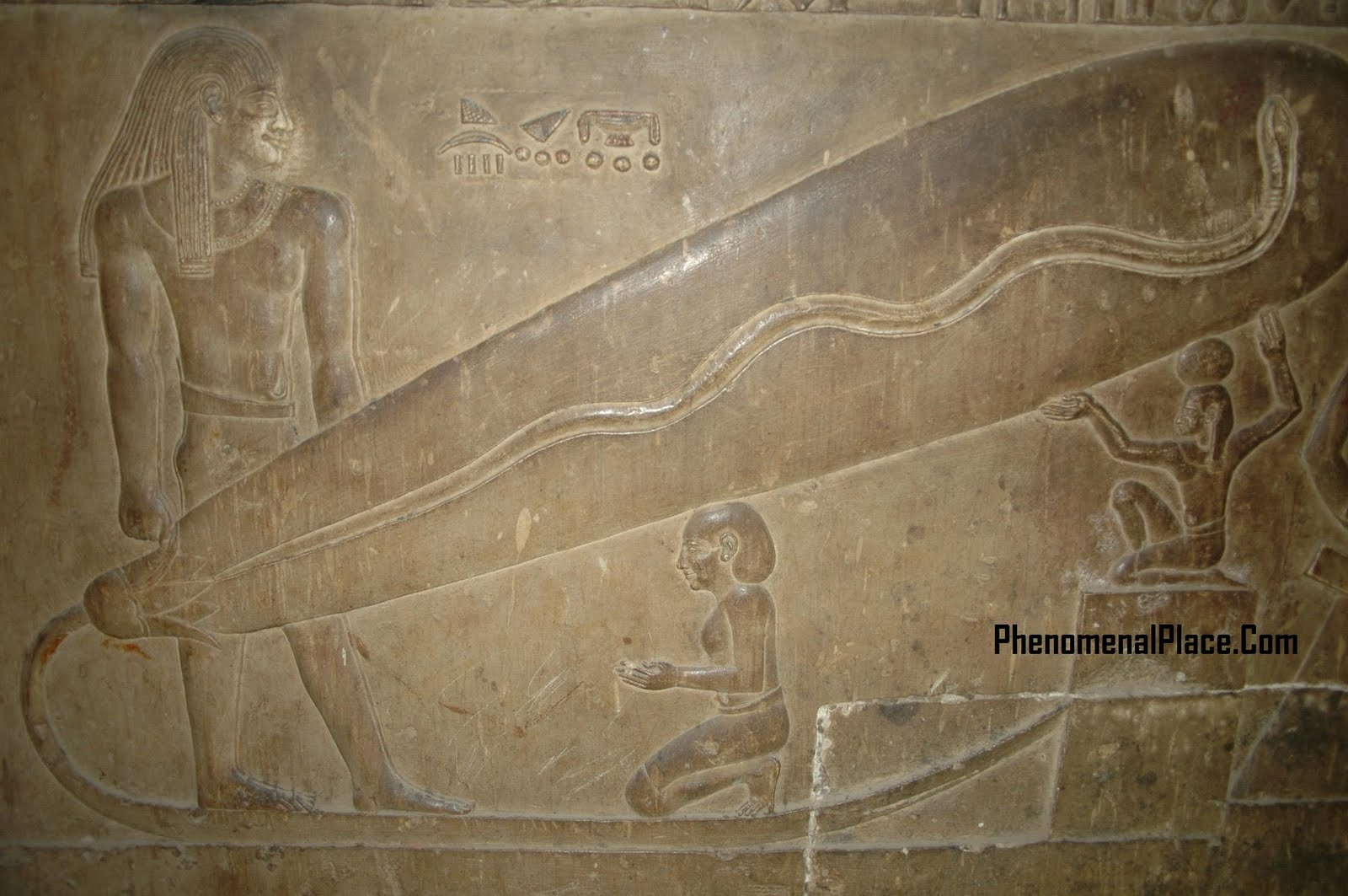 Electric_Light_Bulb_Dendera_Giza_Pyramid_Alien.jpg