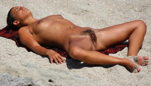 men spying naked women photos
