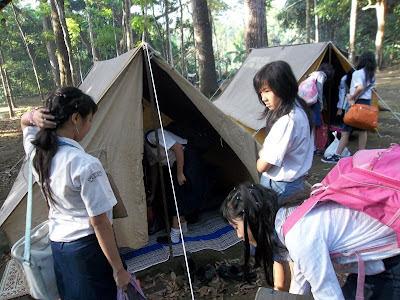 """Back to Nature"" di kegiatan MOS SMA Nusaputera"