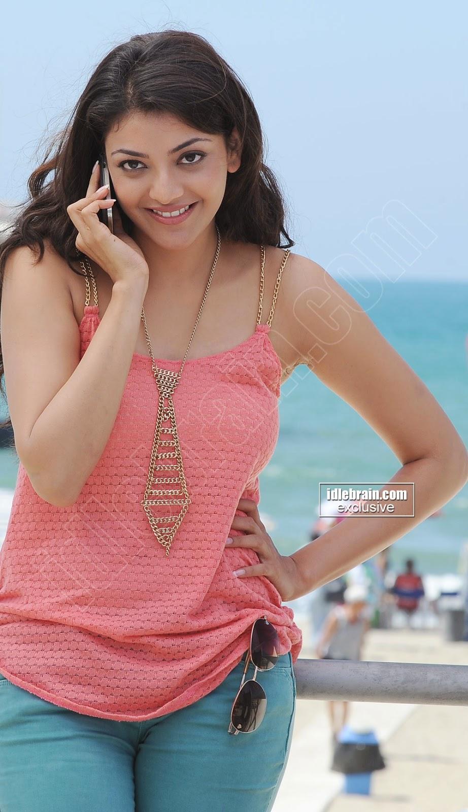 Kajal Agarwal Latest Cute Stills 2014 Indian Actress | Holidays OO