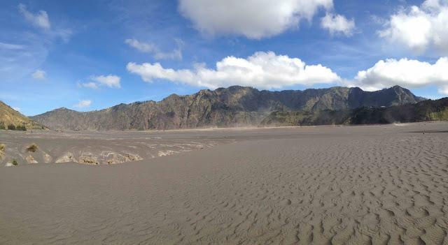 padang pasir berbisik gunung bromo