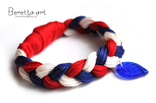 bracelet red blue white