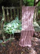 TE KOOP:Zalmkleurige katoenen sjaal