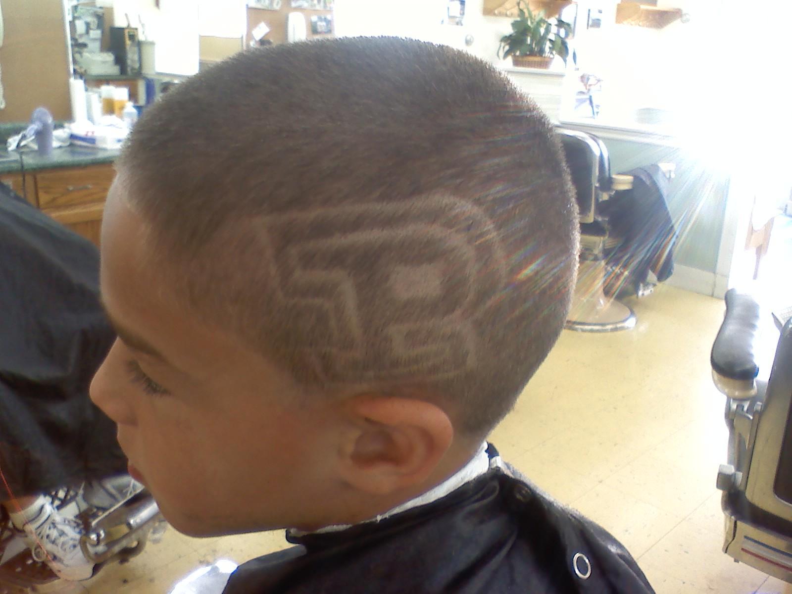 Barber Shop Hai...
