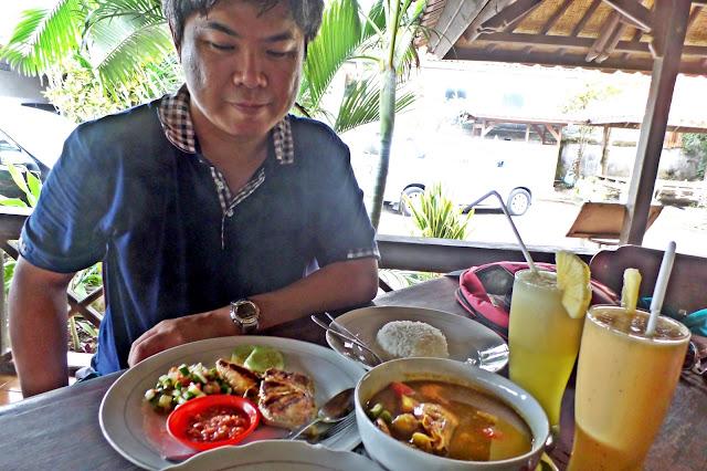Kuta Lombok - Anda Bungalow & Restaurant | www.meheartseoul.blogspot.com