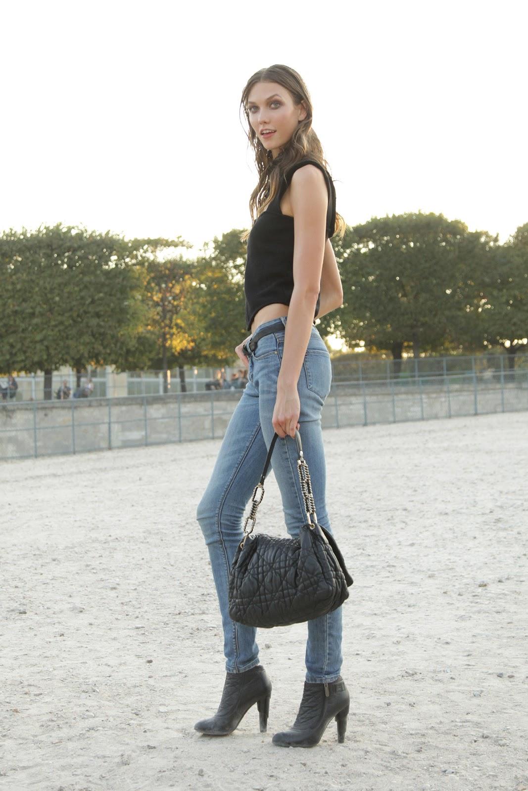http://4.bp.blogspot.com/-PFJXkKNVOlE/Tpx1u7AylKI/AAAAAAAALv8/9nkN73wW3S0/s1600/Paris-Fashion-Week-Street-Style.jpg