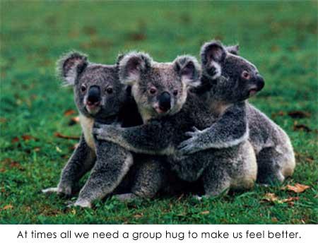 http://4.bp.blogspot.com/-PFJ_zCPGuy8/TyrxJaBM5GI/AAAAAAAAGrA/1K_ERAdI8JM/s1600/group_hug_everyone.jpg