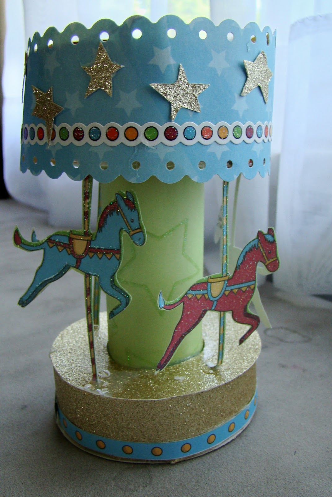 how to make a carousel out of paper