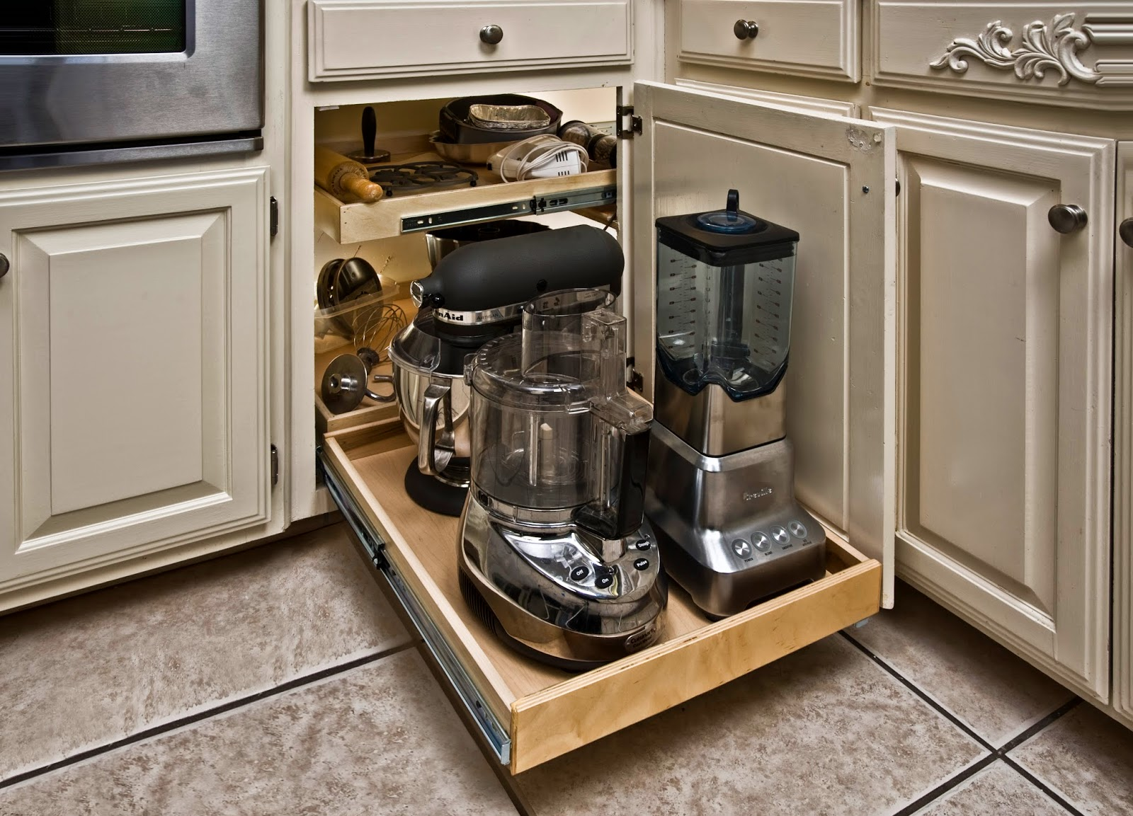 23 functional small kitchen storage ideas and solutions for Kitchen cabinet organizers