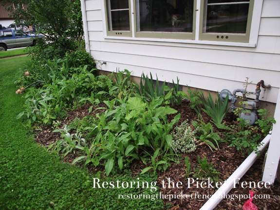 Cottage Garden - Restoring the Picket Fence