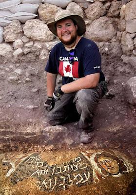 Shaun McKinnon, da Universidade de Toronto, participou das excavações