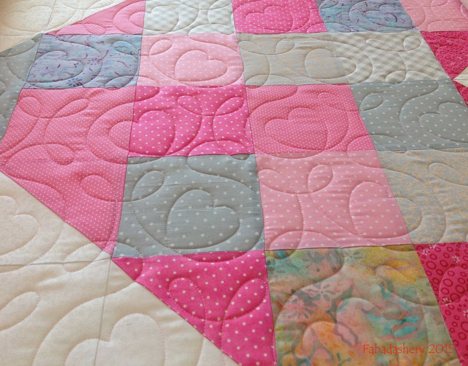 Fabadashery Longarm Quilting: Heart Quilt - Project Linus UK : long arm quilting uk - Adamdwight.com