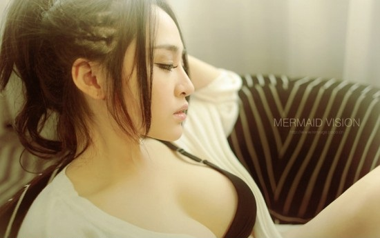 Hot girl 9x Trung Quốc: đẹp như nàng tiên cá