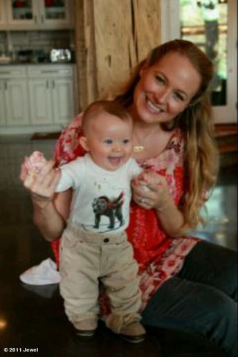 PHOTO: Jewel Shows Off Baby Boy - CelebMagnet