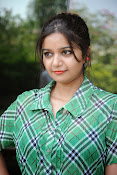Swathi Glam photos in green-thumbnail-2