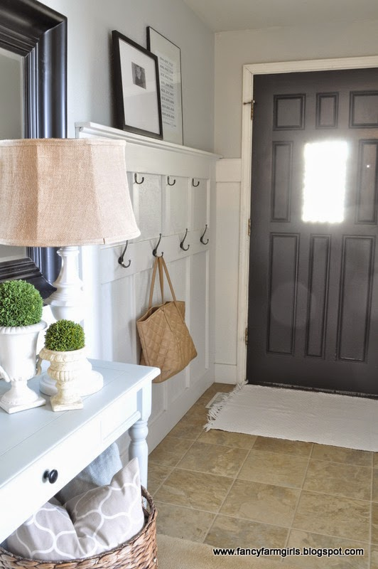 Small Blue Foyer : Entryway makeover the power of paint