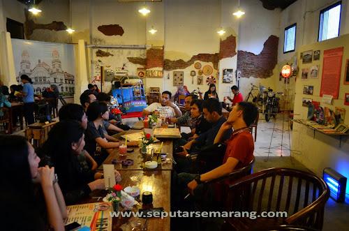 Retro Cafe Semarang, Sajikan Suasana Tempo Dulu