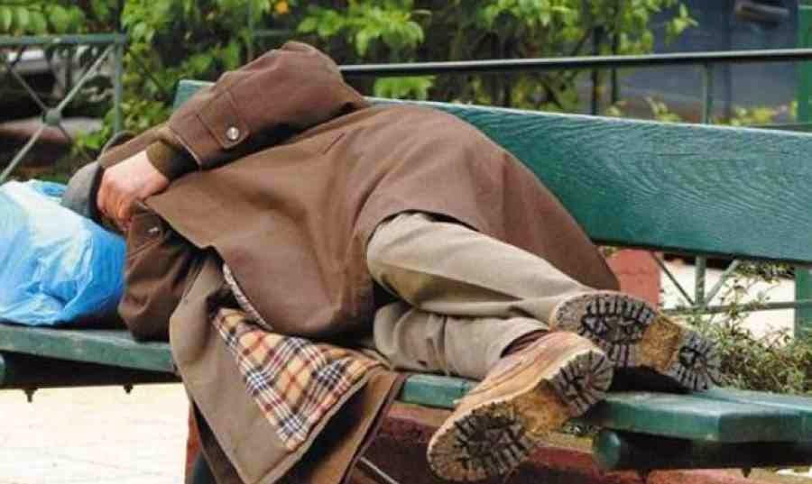 Ένας νέος άστεγος κάθε δύο ημέρες στην Πάτρα!