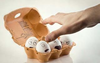 Telur Lucu Unik