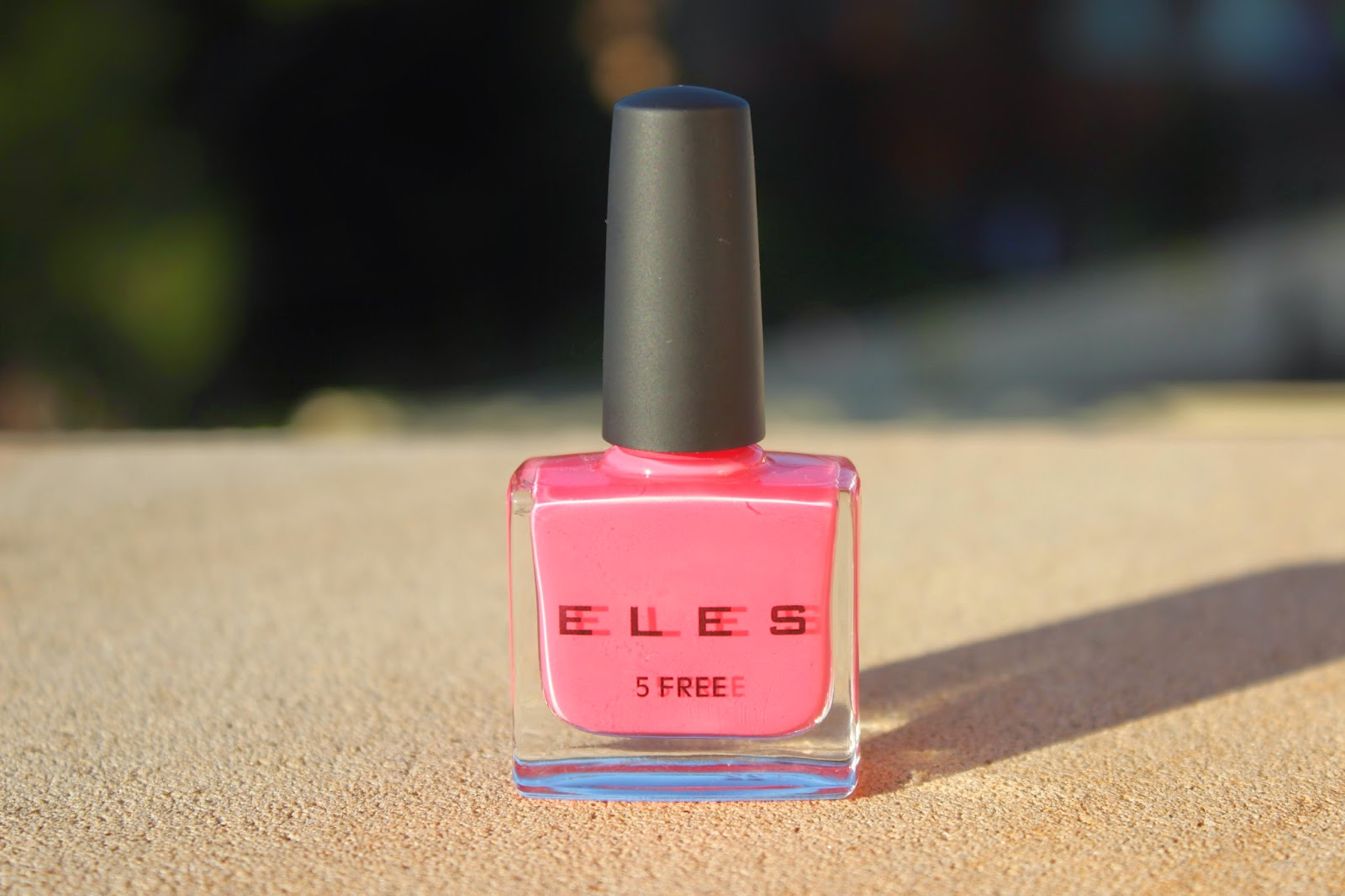 Manicure Monday: ELES Cosmetics Nail Enamel in Coral Cafe