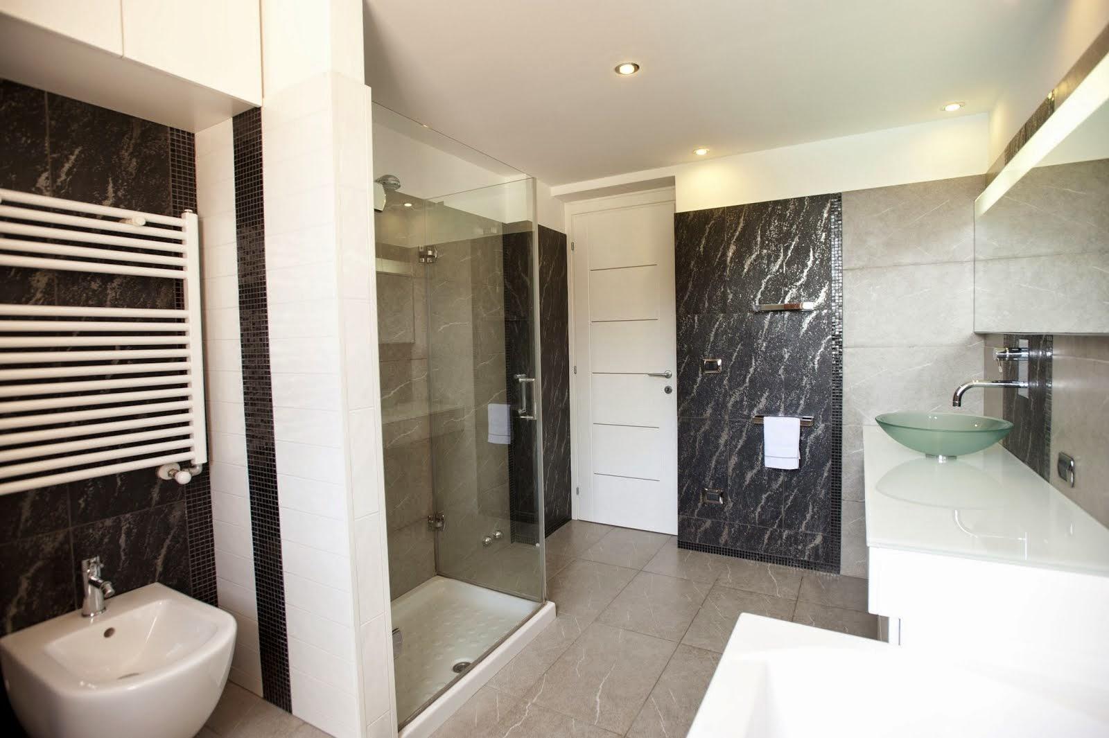 Per informazioni commerciali appartamento in residence for Lucernari calpestabili velux