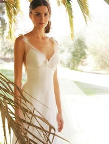 Exotic Beach Wedding Dress Gown