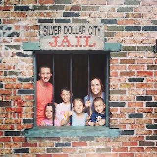 silver+dollar+city+jail.JPG