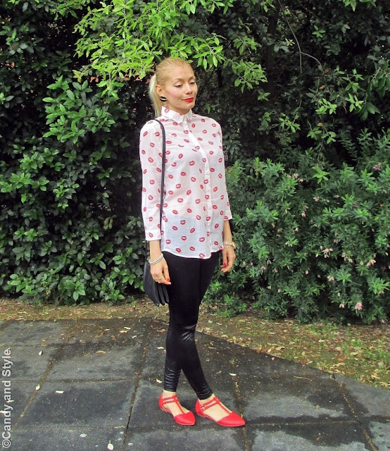 LipsShirt+LeatherLeggings+PointedFlats+TrioBag+HighPonytail+RedLips - Lilli Candy and Style Fashion Blog