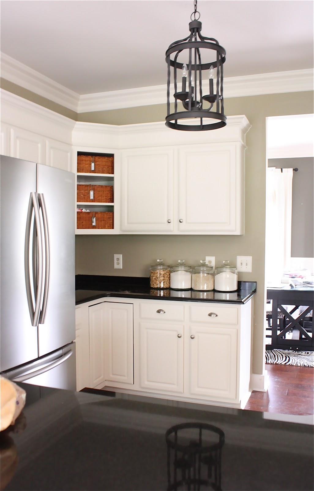 Cape Cod Kitchen The Yellow Cape Cod My Kitchen Makeover Details And Product Sources