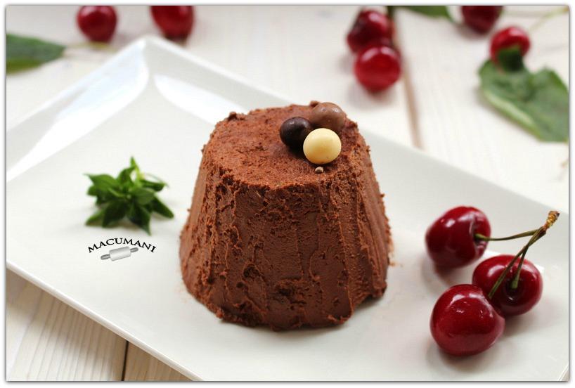 SEMIFRIO DE CHOCOLATE DE NARANJA. MACUMANI