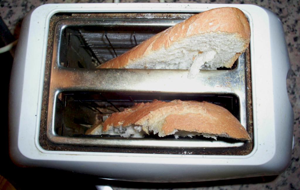 pan en la tostadora