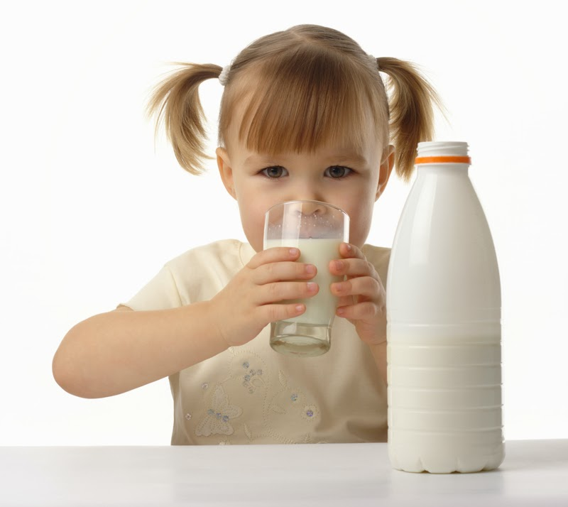 How Much Milk Should The Kids Drink? - Natural And Healthy Life Guide ...