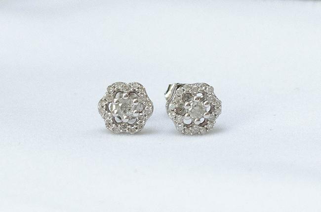 Gemporia 0.25ct Diamond 9K White Gold Earrings