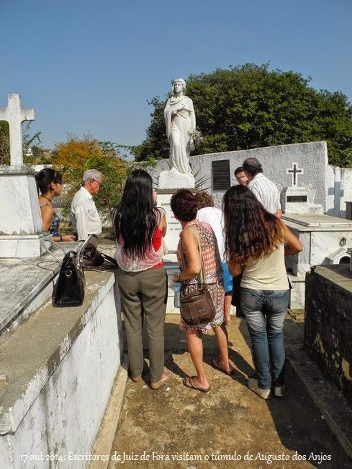 Visita ao Túmulo de Augusto dos Anjos dia 17 de outubro de 2014
