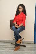 Vishnu Priya glam pics-thumbnail-7