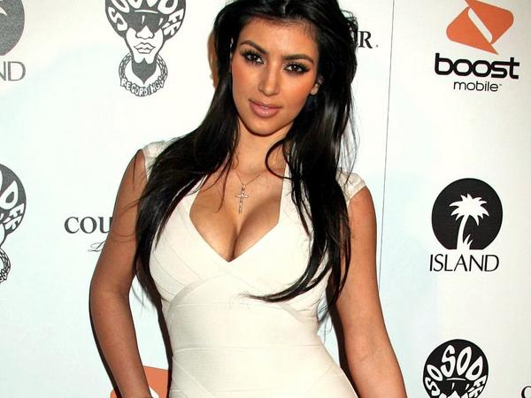 Kim Kardashian 2012 New Years Christmas hair