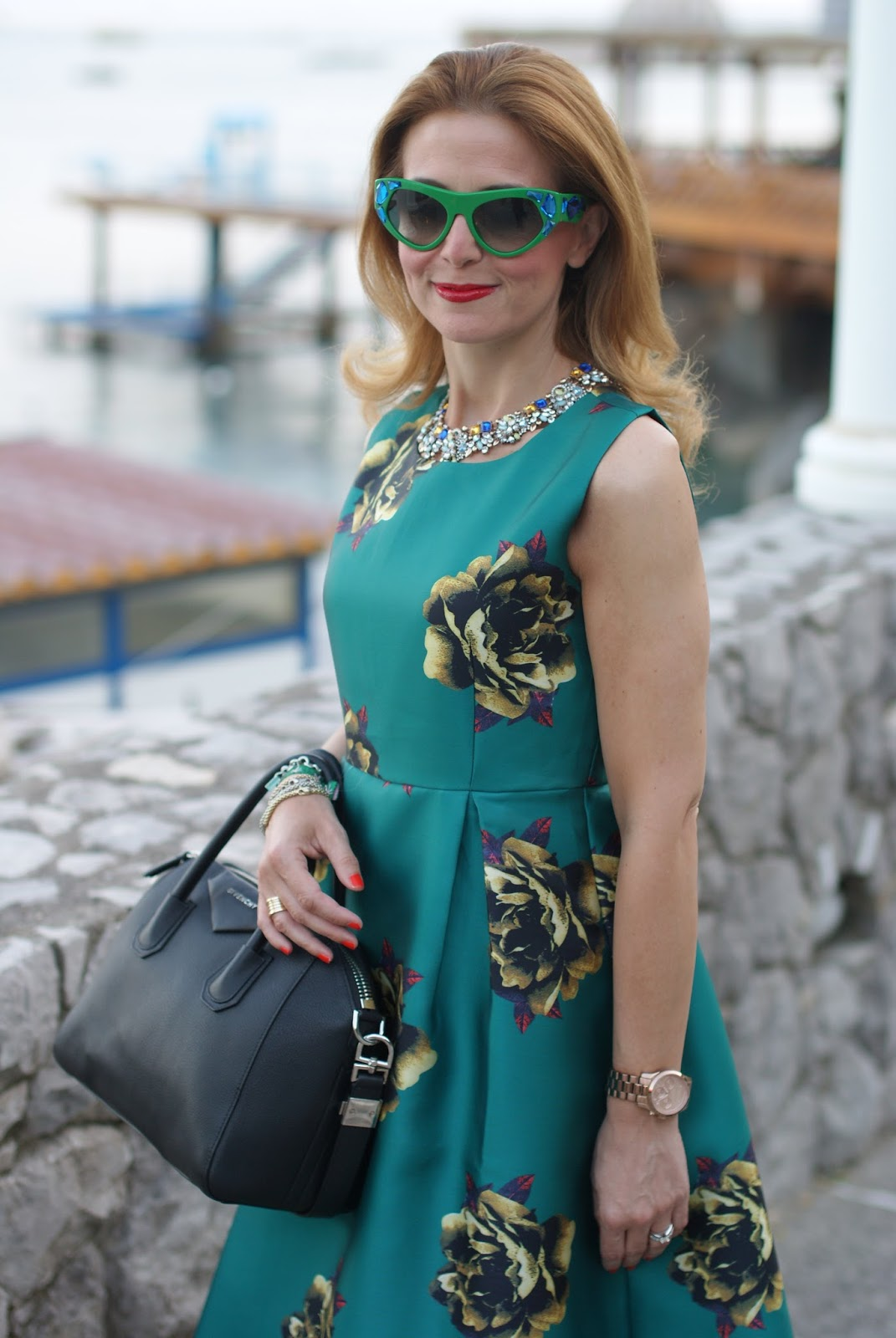 Choies green midi dress and Prada Voice jeweled sunglasses found on Giarre on Fashion and Cookies fashion blog, fashion blogger style