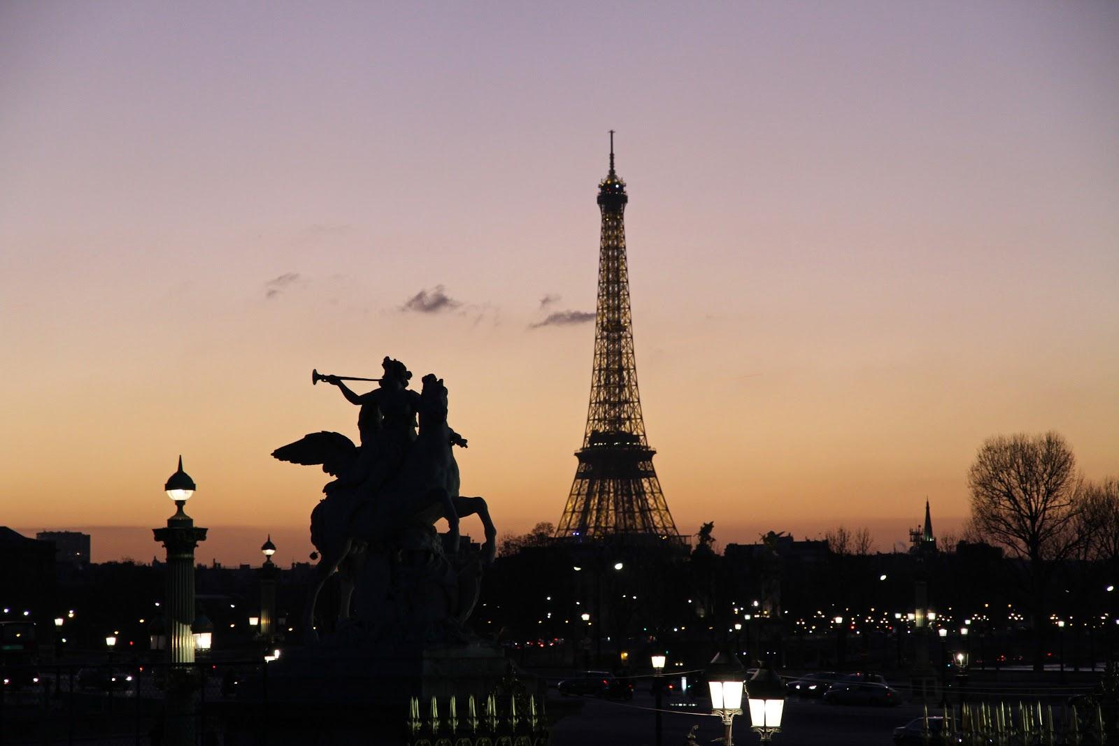 Pierre boyer coucher de soleil parisien - Coucher de soleil sur paris ...