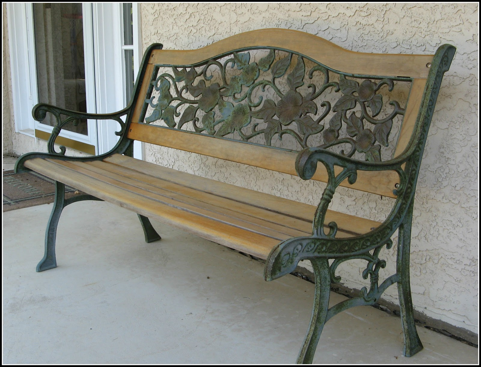 Giving New Life To An Outdoor Bench Making Lemonade