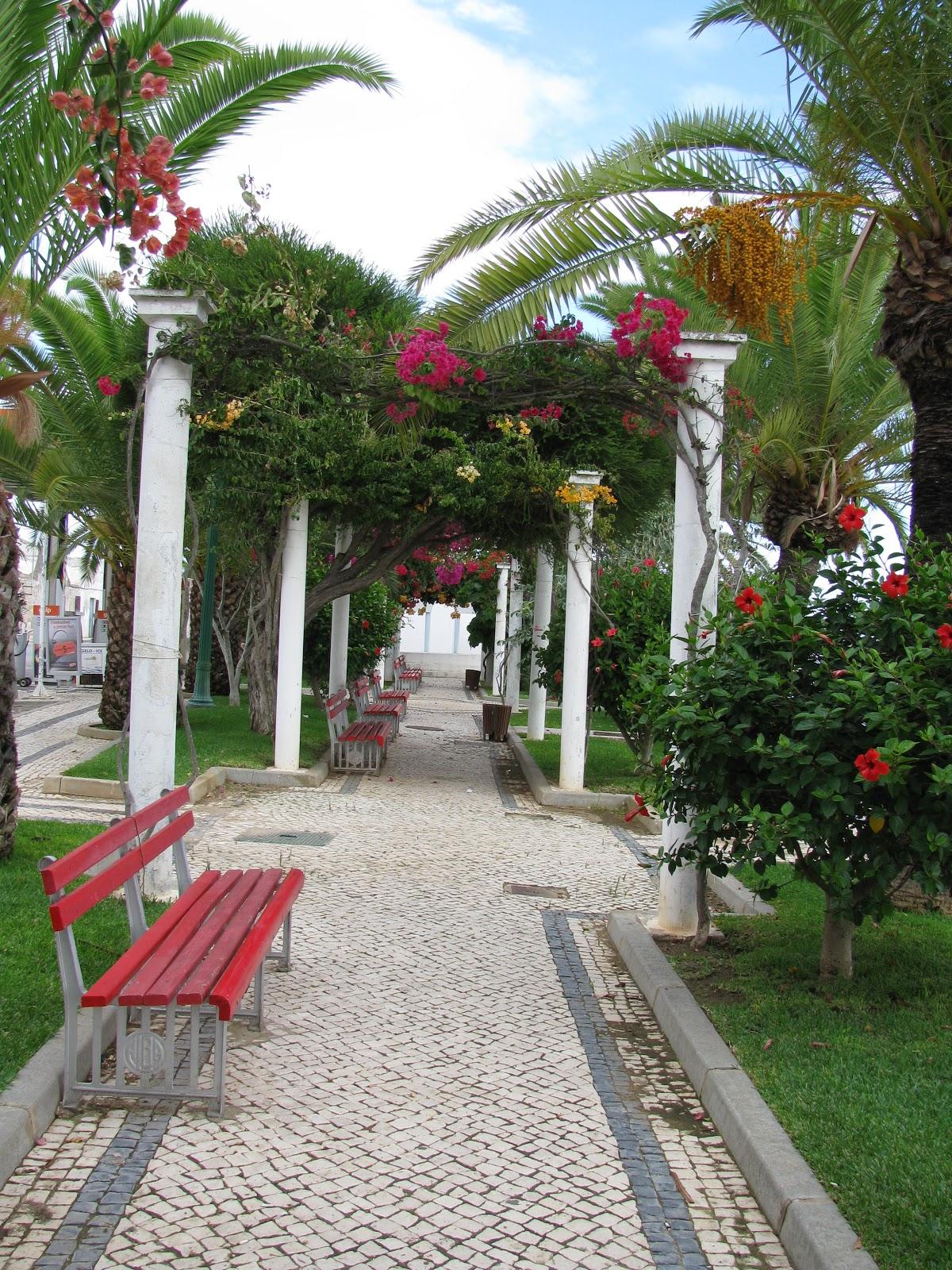 парк в Тавире