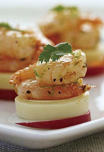radish coins with cooked shrimp