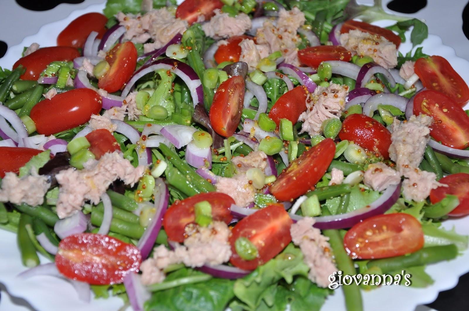 Salata cu ton si rucola