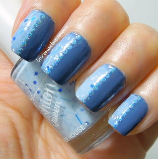 Etude House Fashion Queen medium and light blue nails