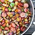 Λουκάνικο γαλοπούλας με πατάτες και πιπεριές