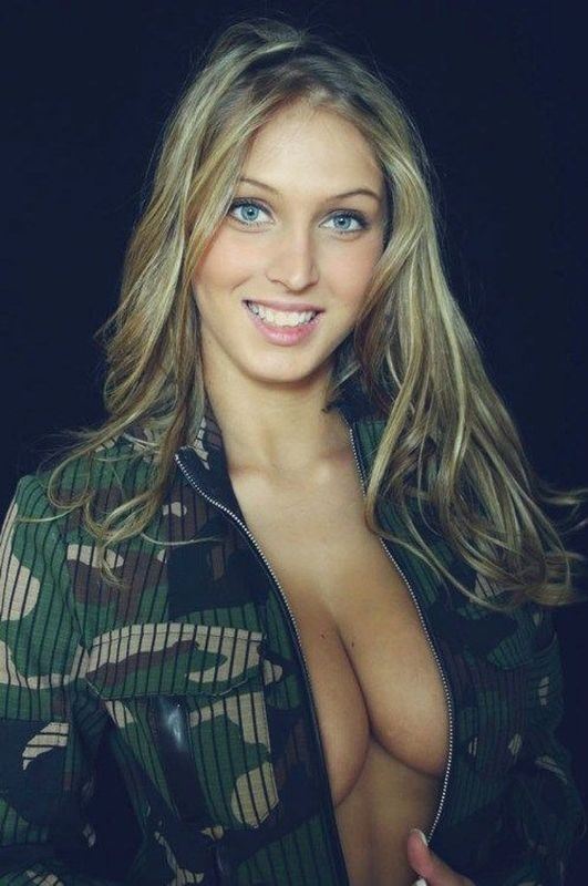 Cleavage Pics) cleavage- ‫(311956