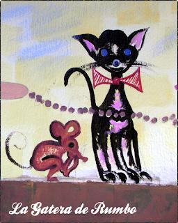 Gato negro con pajarita