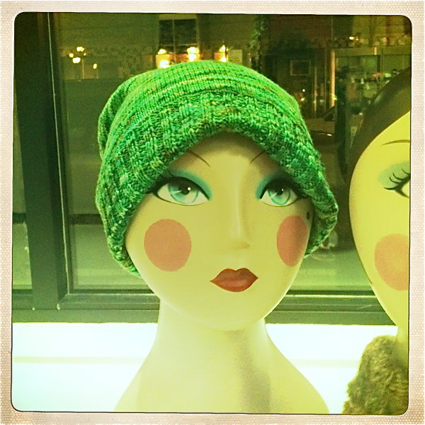 Buttercup Beret Knitting Pattern : MaryBethMakesHats: Hatty Saturday - Free Sockhead Hat Pattern, La Fete De Cat...