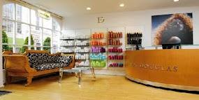Beautiful Boutique Chic – Errol Douglas!